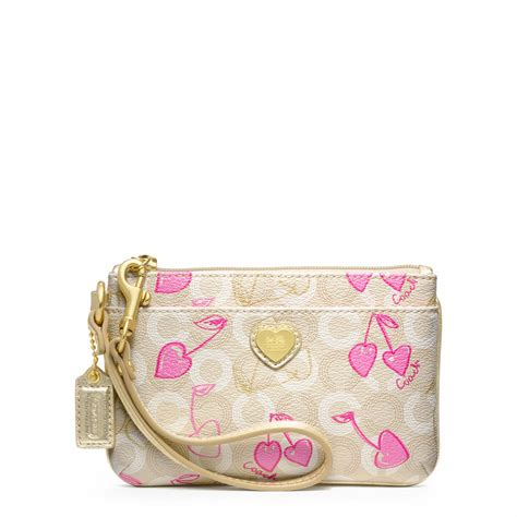 Small Wristlet snap n zip fashion accessories coach waverly small wristlet