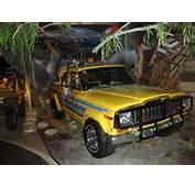 Twister Movie Truck Tornado Chasing Jeep Pickup