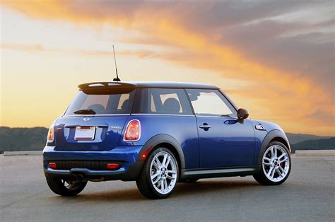 Mini Recalling My 07 08 Cooper S For Protruding Tailpipes Drive 2008 Mini Cooper S Jcw Photo Gallery Autoblog
