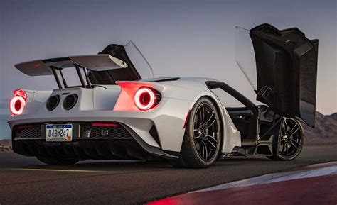 ford gt doors all new 2017 ford gt bloat the 458 speciale