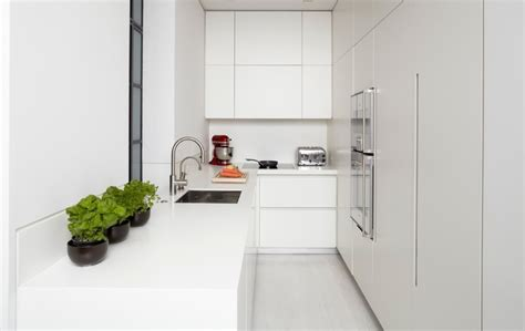 Kitchen Cabinets To The Ceiling by Handle Less Kitchen Articles True Handleless Kitchens Co Uk
