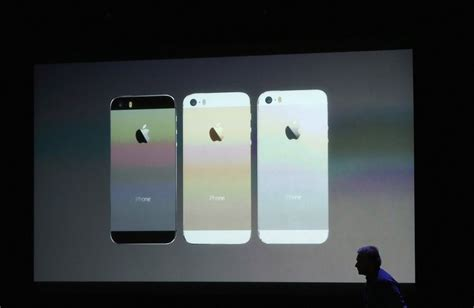 Iphone Uk Launch All The Details Right Here Right Now by Iphone 5s Launch Here S What Apple S New Gold Silver And