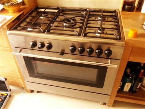 cocinas de gas con horno cocina gas y horno ikea pro a11s quema la comida horno