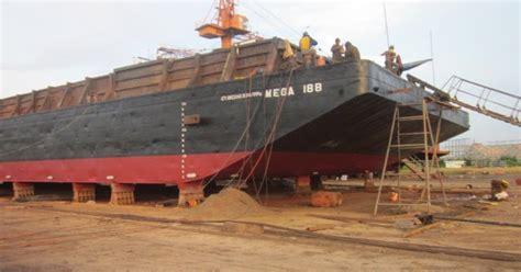 jasa pembiayaan pembuatan kapal tug boat tongkang dan bangunan sipil darat di indonesia agen