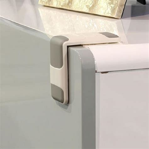 Child Proof Locks For Cabinet Doors っbaby Protector Child Safety 169 Catches Catches Drawer Cupboard Fcabinet Fcabinet