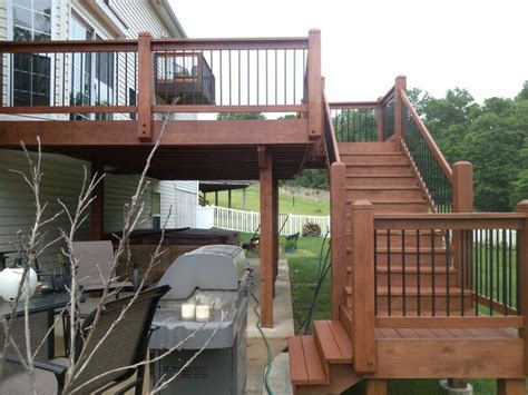 cedar deck after stained using sherwin williams deckscapes waterborne semi transparent stain