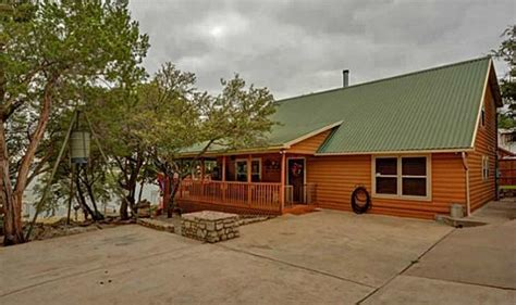 Cabins Near Dfw 8 of the coolest log cabins for sale in the dfw region