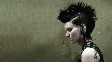 the girl with the dragon tattoo the girl with the dragon tattoo 2011 girl with the dragon tattoo sequel confirmed but daniel
