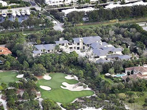 michael jordan s house michael jordan s new florida house is absolutely freaking gigantic video photos