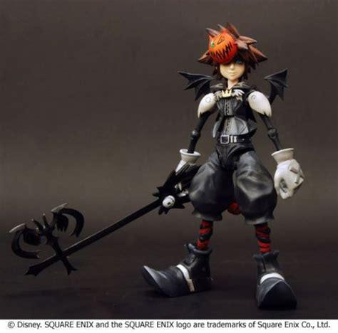 Play Arts Kingdom Hearts Cloud Strife Sephiroth Figure square enix figures chucks anime shrine