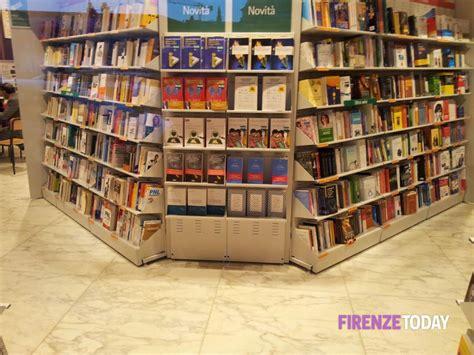 libreria feltrinelli prato libreria feltrinelli alla stazione di firenze 3