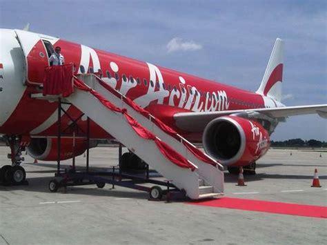 Airasia Ganti Jadwal Penerbangan | darurat banjir airasia bolehkan penumpang ganti jadwal