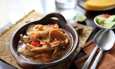 resep seblak basah ceker pedas  bakso sapi enak khas