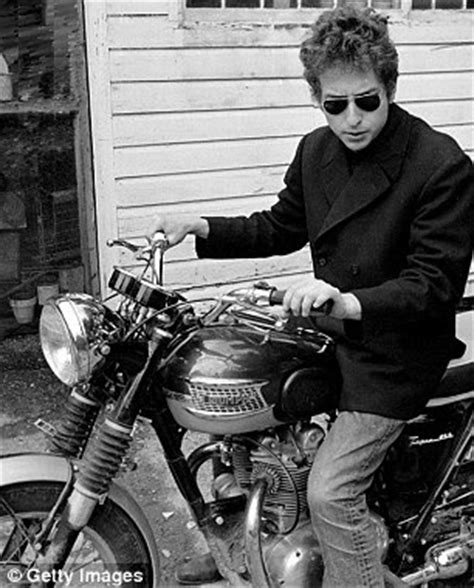 Quot Tweedland Quot The Gentlemen S Club How Triumph Motorbikes