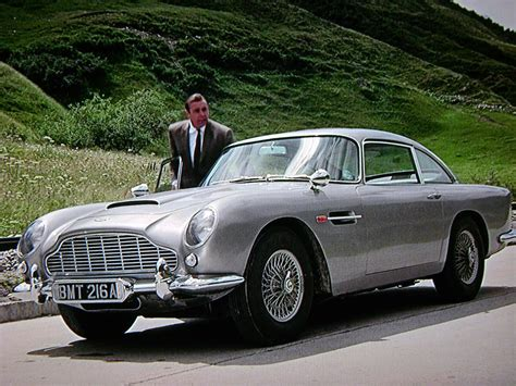 Aston Martin Goldfinger by 007 Travelers 007 Vehicle Aston Martin Db5 Goldfinger