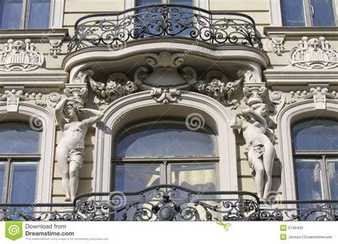 haus jugendstil balkon auf jugendstil haus in riga stockbild bild 5746493