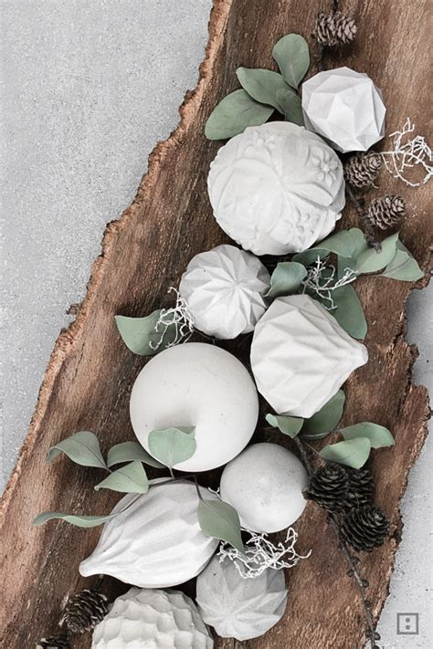 pflanztröge aus beton selber machen concrete weihnachtskugeln beton zwo ste