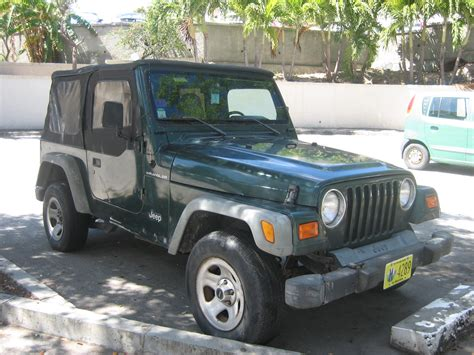 green jeep 2001 green jeep wrangler for sale 5 800 obo auc medical
