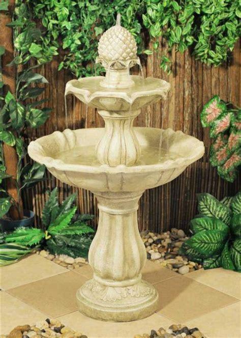 hcm elizabethan  tier fountain water feature