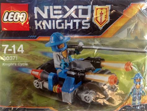 Lego Nexo Knights 30371 Knights Cycle Set Soldier Polybag 30371 nexo knights quot s cycle quot polybag lego news