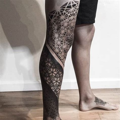 tattoo below knee pain get inspired with these amazing geometric knee tattoos