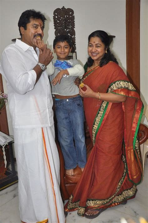 actress radhika wiki raadhika sarathkumar family photos celebrity family wiki