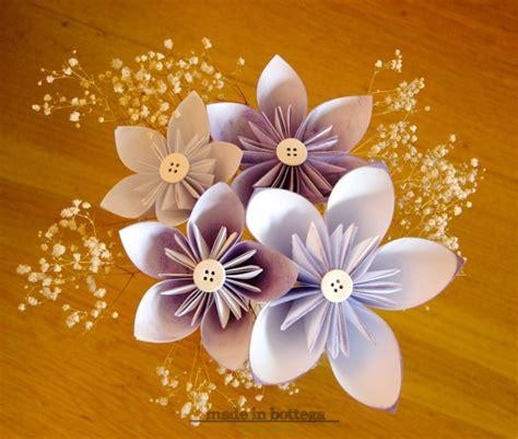 costruire fiori di carta made in bottega creativo diy realizziamo dei