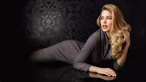 actress hot themes windows 7 21 gorgeous hd doutzen kroes wallpapers hdwallsource com