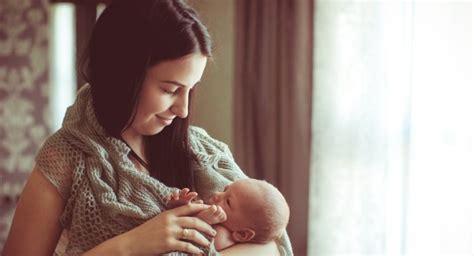 comfort feeding at night breastfeeding at night should you or shouldn t you