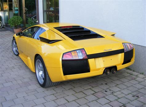 lamborghini back file lamborghini murcielago back left jpg wikimedia commons