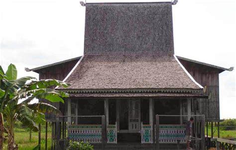 rumah adat kalimantan selatan nama gambar dan penjelasannya kisah asal usul