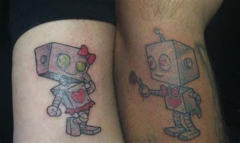 imagenes de tatuajes de union de parejas 50 tatuajes para parejas de novios que sienten amor verdadero