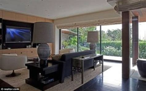 Duplex Home Plans by Inside Jennifer Aniston S Luxury Beverly Hills Mansion Daily Mail Online
