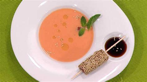 cocina consergio cocina con sergio gazpacho de fres 243 n con at 250 n rtve es
