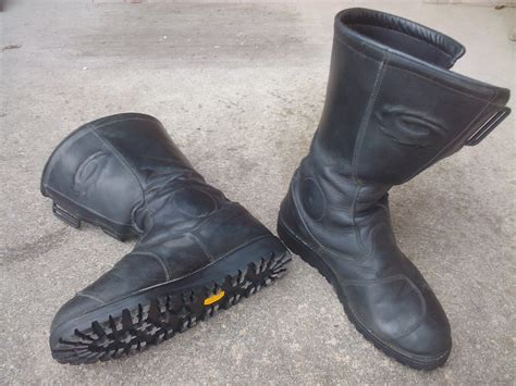 lightweight motorcycle boots special shoes for motorcycle touring sketchers windtogo