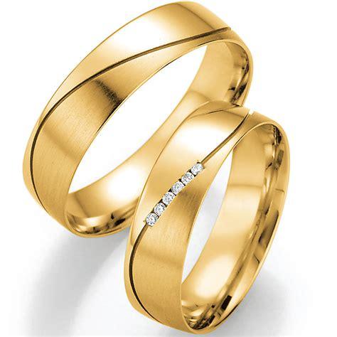 Extravagante Verlobungsringe by Extravagante Trauringe In Gelbgold Mit Wellenfuge