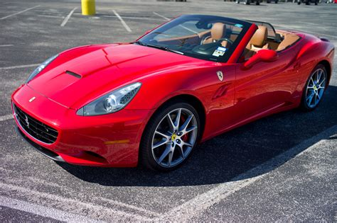 Image Gallery 2010 Ferrari California