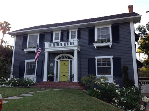 grey house colors grey house green door exterior paint ideas pinterest