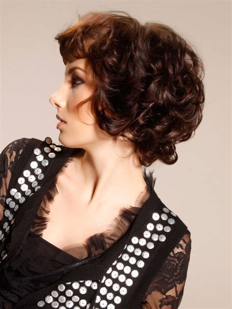 vies of side and back of wavy bob hairstyles curly bob with short bangs side view hairstyles pinterest