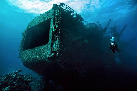 fairy boat blows up in mexico 冒険心くすぐられる海中世界へ 海外にある驚きの沈没船12選 tabippo net タビッポ