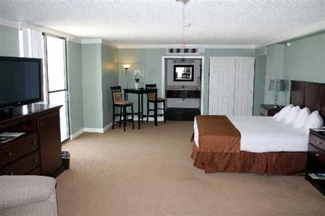 rooms in laughlin executive suite tower picture of don laughlin s riverside resort laughlin tripadvisor