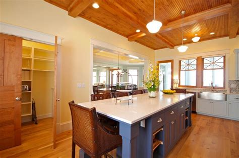 superior Beach House Interior Design #2: 393cf63939f7fc95b293d7423fb20d0a--cottage-interiors-cottage-homes.jpg