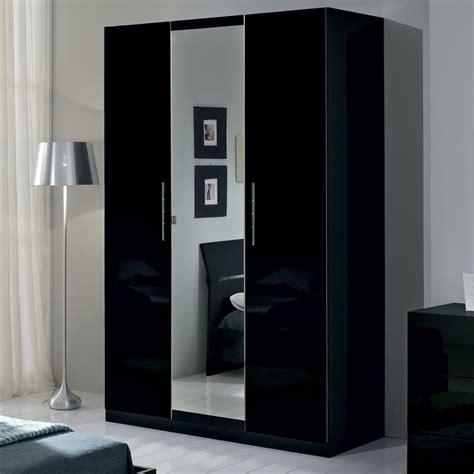 armoire noir laque
