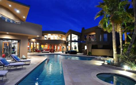 Nfl Players Cribs by A Baker S Dozen Of Luxury Nfl Player Homes Realtor 174