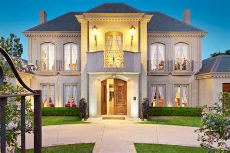real estate melbourne rent house melbourne s secret sales multi million mansion deals done behind closed doors