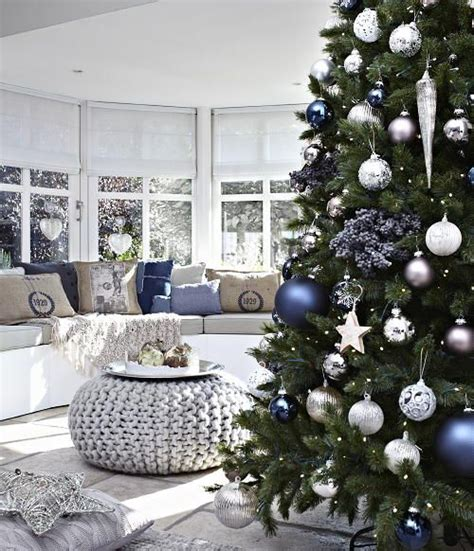 55 Dreamy Christmas Living Room D 233 Cor Ideas Digsdigs Living Room Ideas Decor