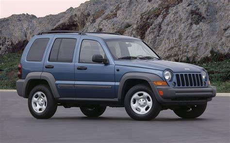 liberty jeep 2005 chrysler expands jeep liberty control arm recall 346 900