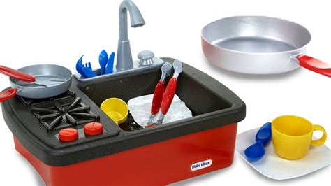 play kitchen with working sink pretend play for splish splash sink and stove