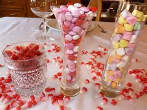 Cheap Vases For Centerpieces Uk Easy Valentines Day Decorating With Candy Easy Event Ideas