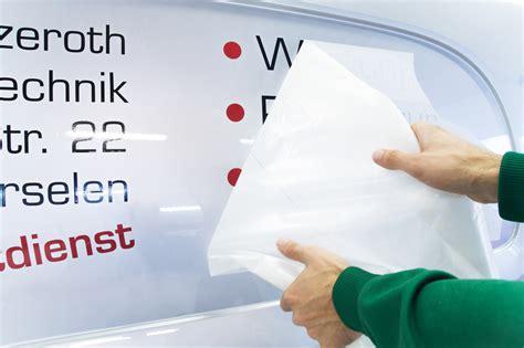 Aufkleber Mit Beschriftung by Autobeschriftung Mit Aufklebern Beschriftung Mit